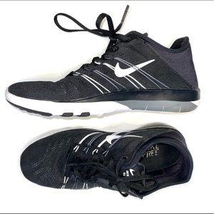 nike - tennis shoe